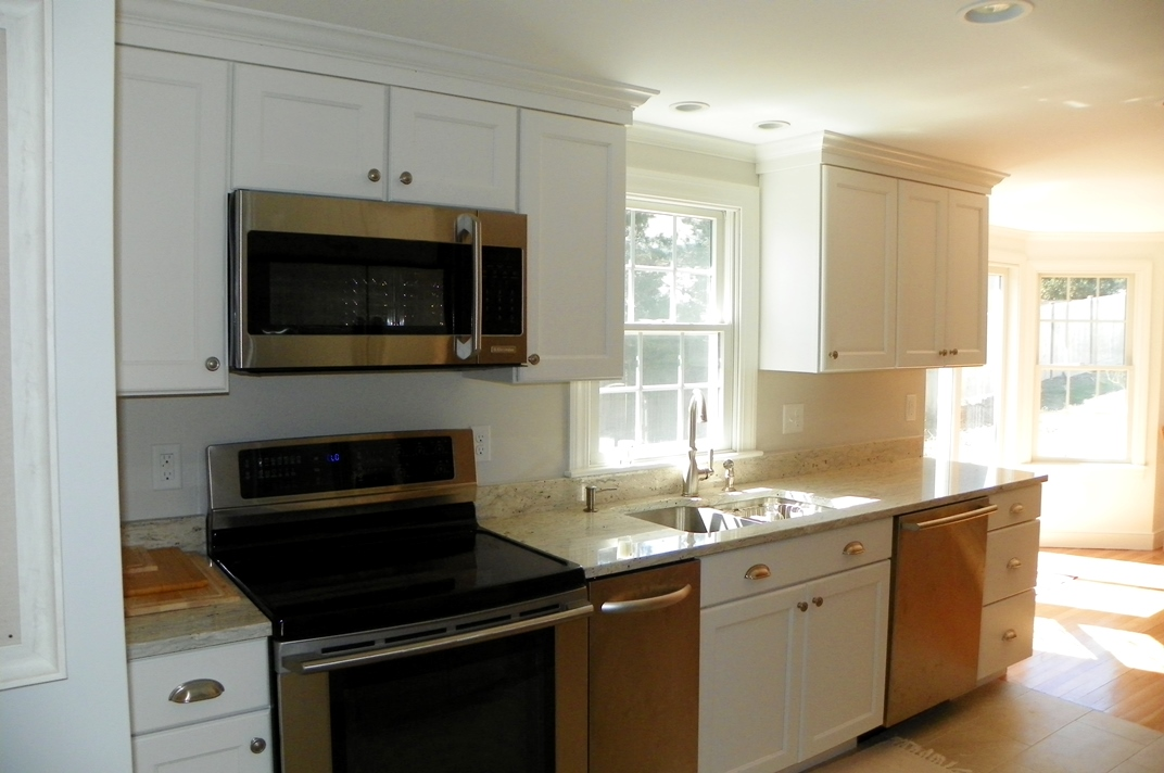 Kitchen at 11 Port Run, South Yarmouth, MA 02664
