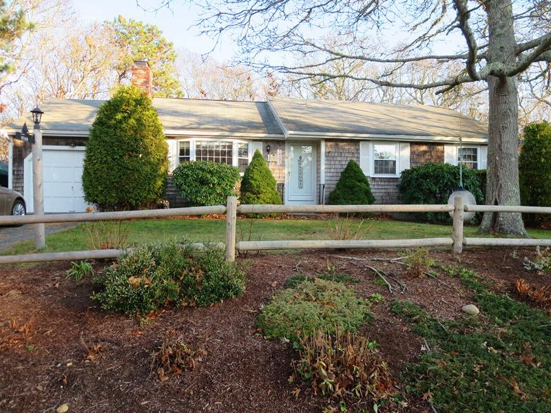 15 Farmedge Lane, Harwich, MA 02645