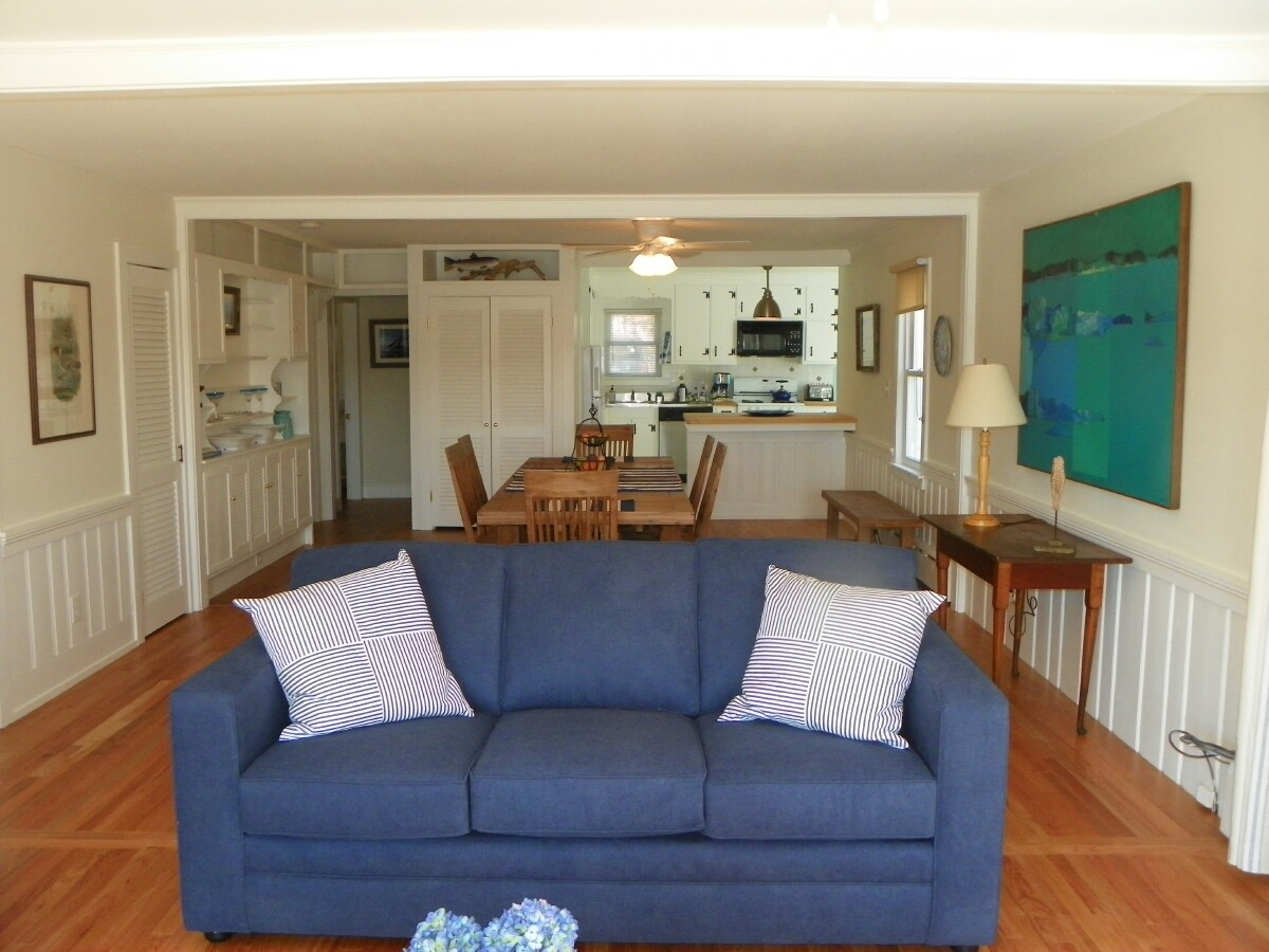 Sitting/dining area at 3 Barnacle Way in South Dennis, MA 02660
