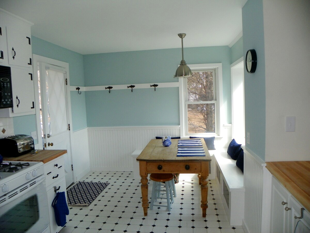 Eat-in kitchen at 3 Barnacle Way in South Dennis, MA 02660