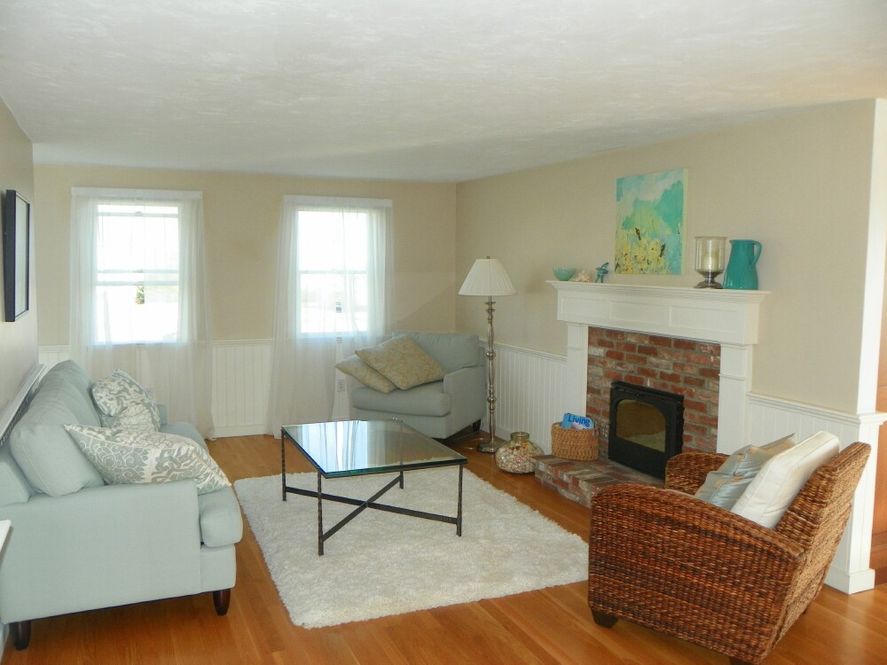 Living Room at 7 Port Way, West Dennis, MA for sale by Cranberry Real Estate 508-394-1700